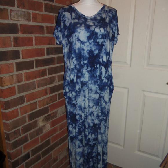 a3be9eaacd Isaac Liev Dresses | Comfy Blue Tie Dye Tshirt Maxi Dress S | Poshmark